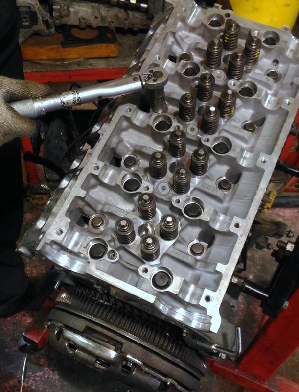 Сборка двигателя Форд Транзит после ремонта