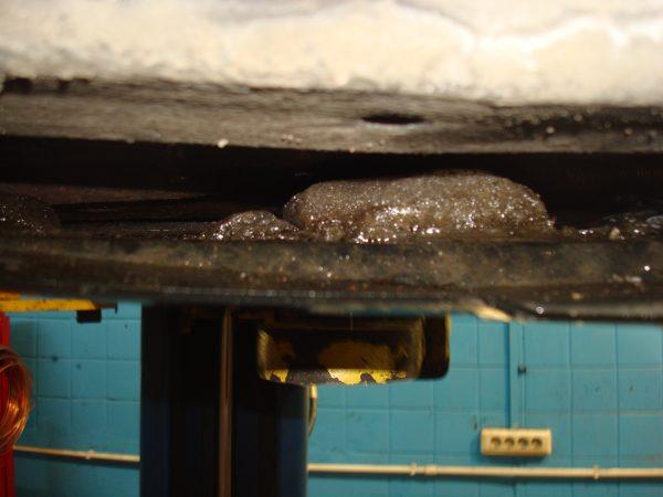 соль на топлипроводе автотело