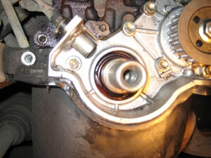 замена сальника двигателя