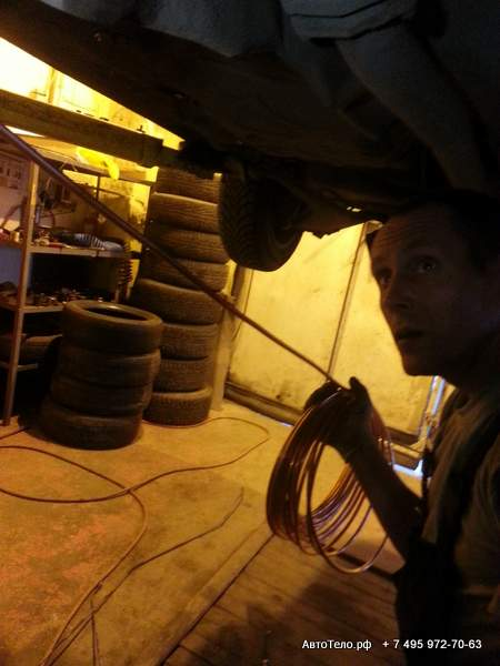 Установка топливных трубок в автосервисе АвтоТело