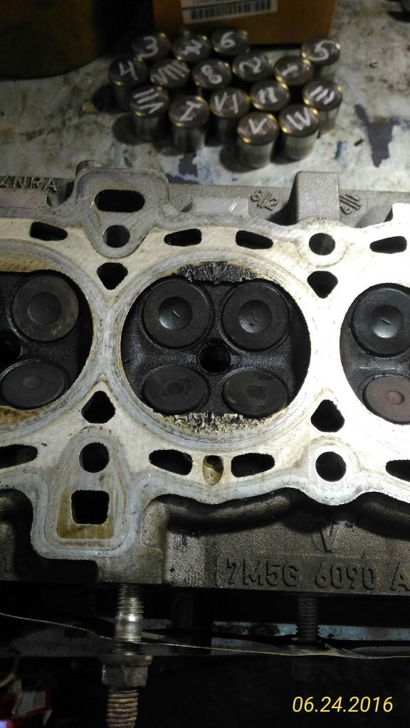 Стук в двигателе Форд