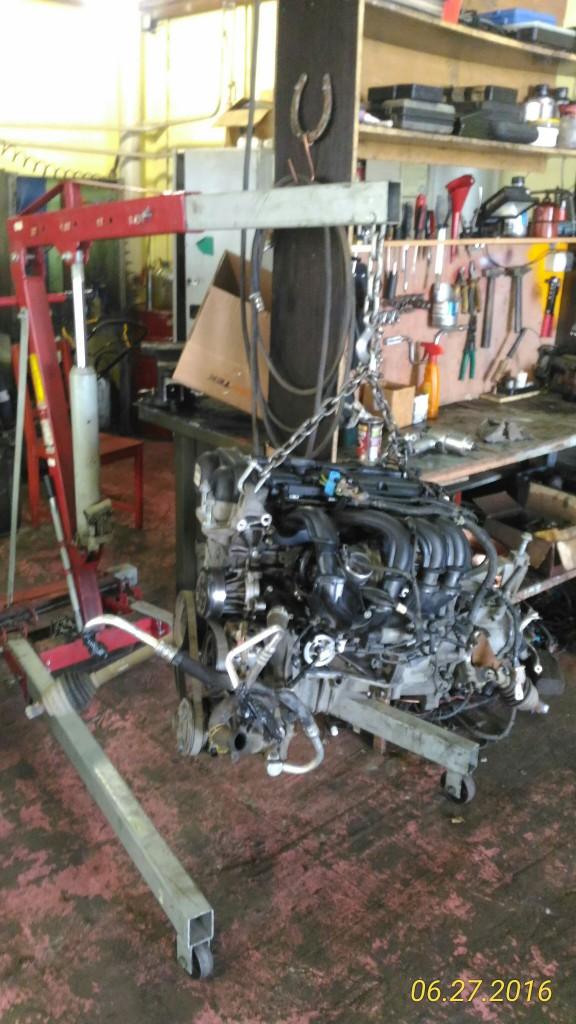 Стук в двигателе форд фокус Прогар поршня