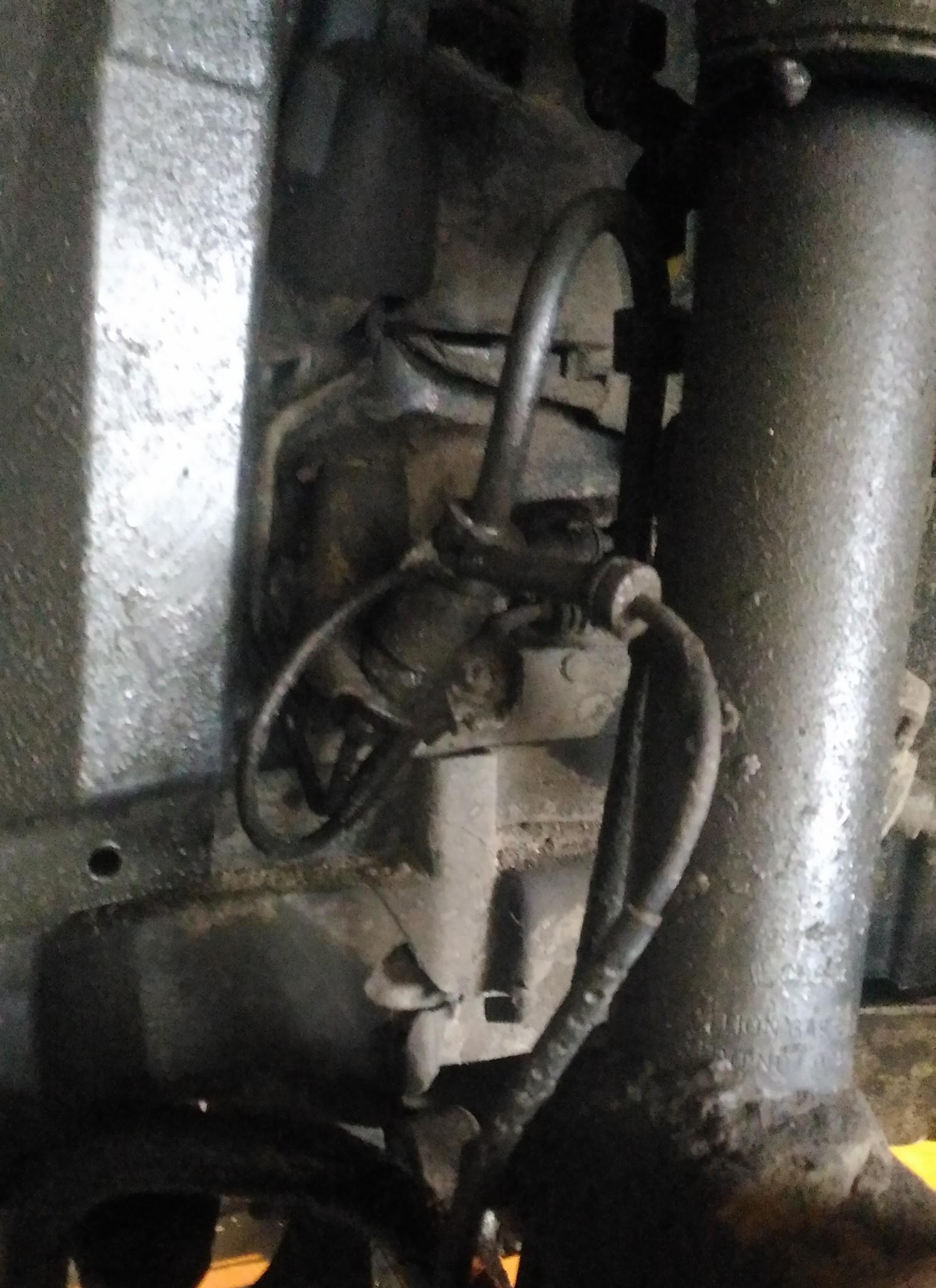 Ремонт тормозной системы БМВ Замена трубок