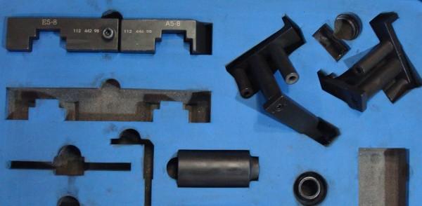 Один из наборов специальных преспособлений для проведения работ с ГРМ этого мотора