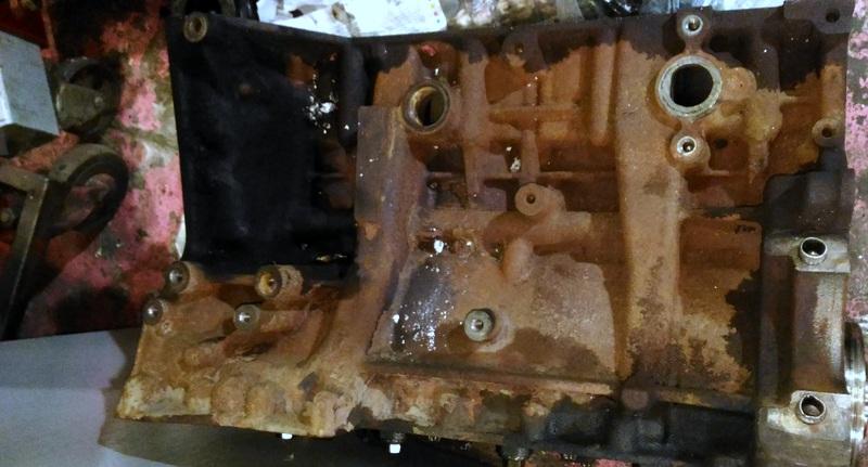 Пробитый блок на Форде