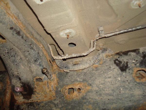 гнилые тормозные трубки на дискавери