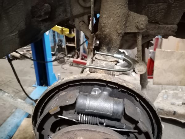 замена тормозного цилиндра тойота автотело.рф